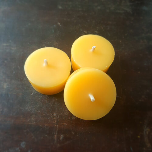 Containerless Beeswax Tealights